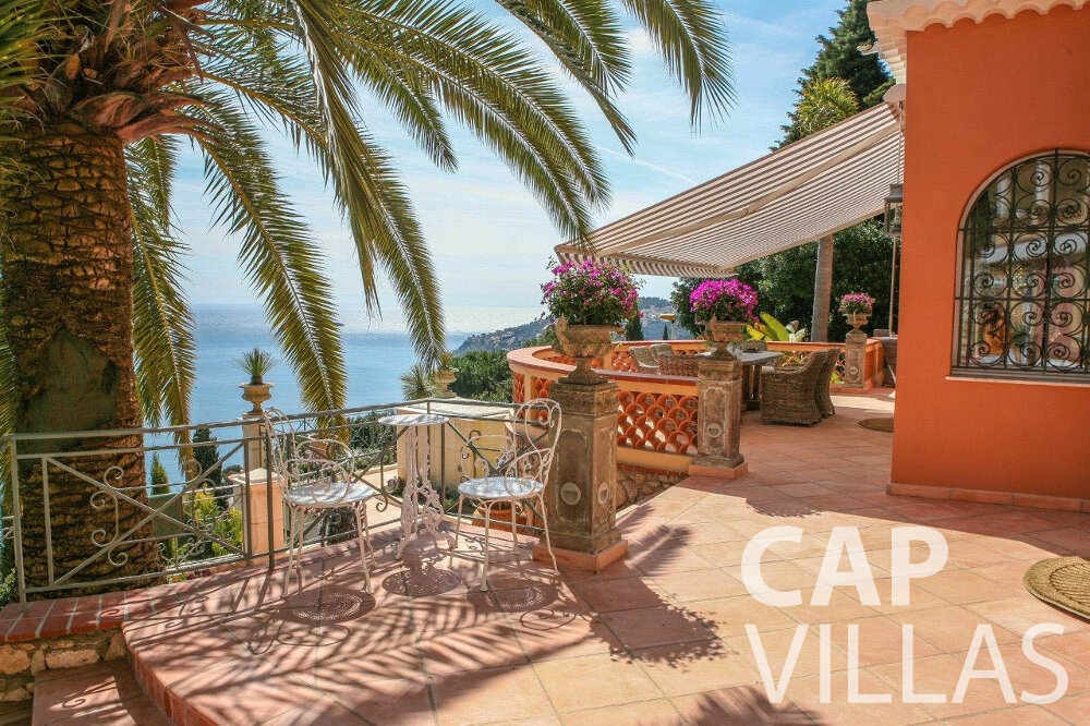 rent Villa Azalea villefrenche terrace