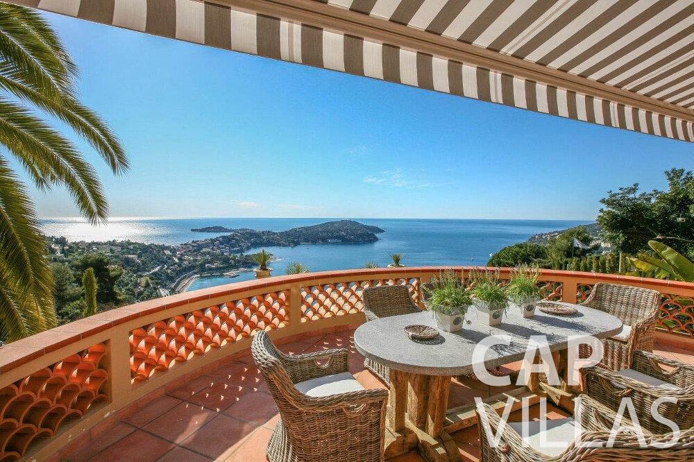 rent Villa Azalea villefrenche terrace sea view