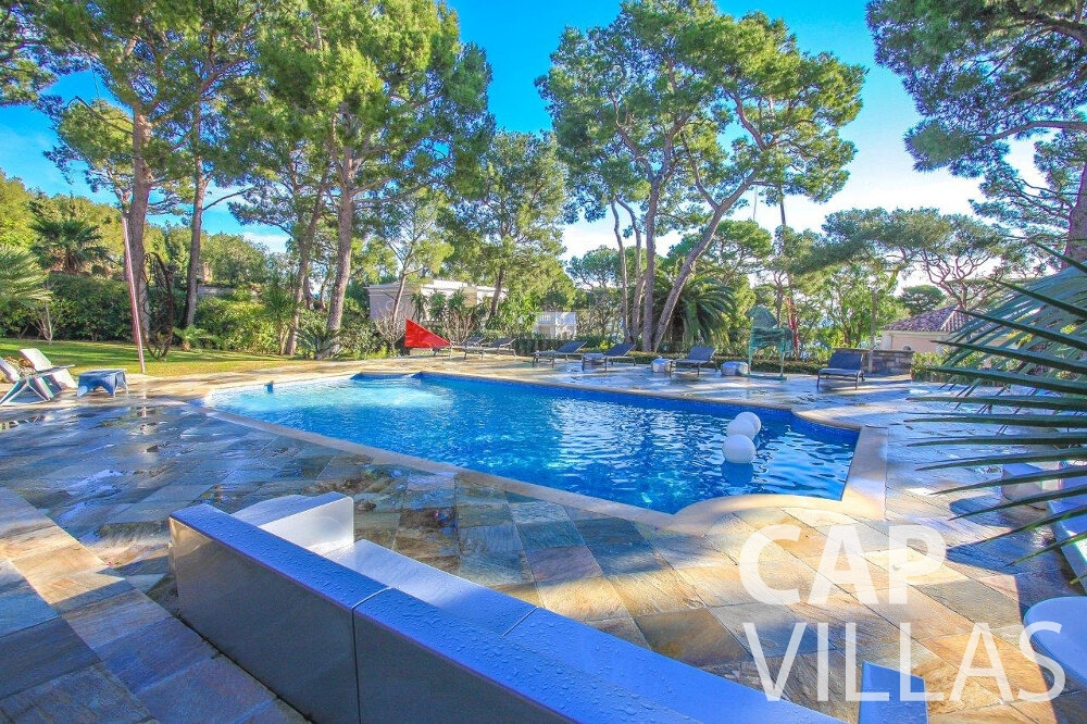 holiday rental Villa Dahlia cap ferrat swimming pool