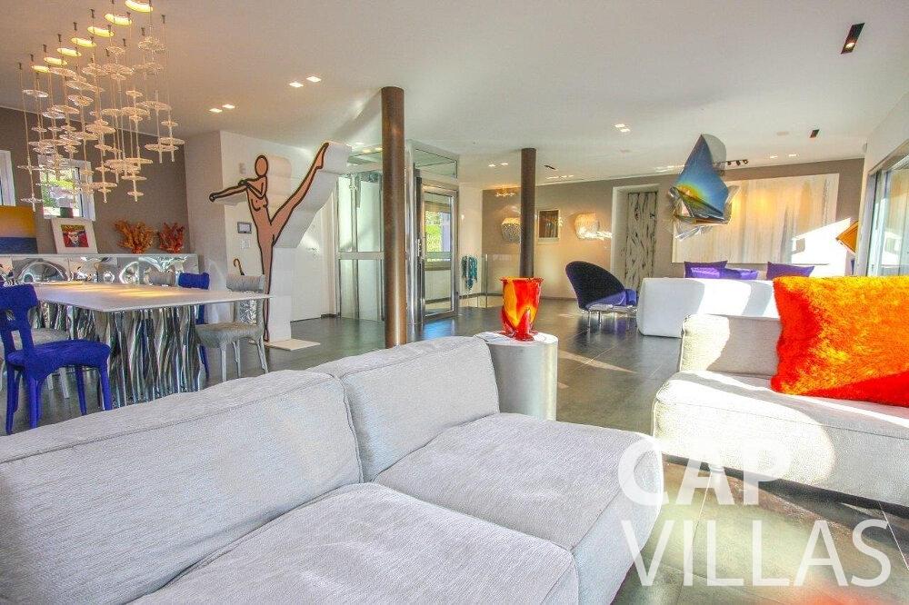 let Villa Dahlia cap ferrat living room