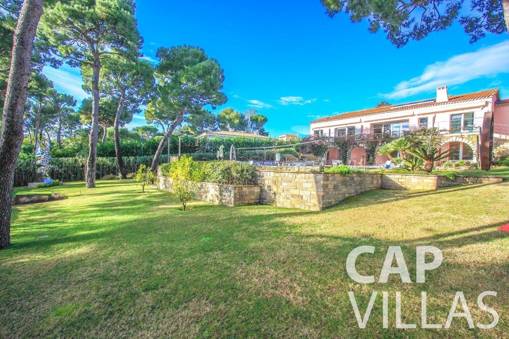 rent Villa Dahlia cap ferrat outdoors