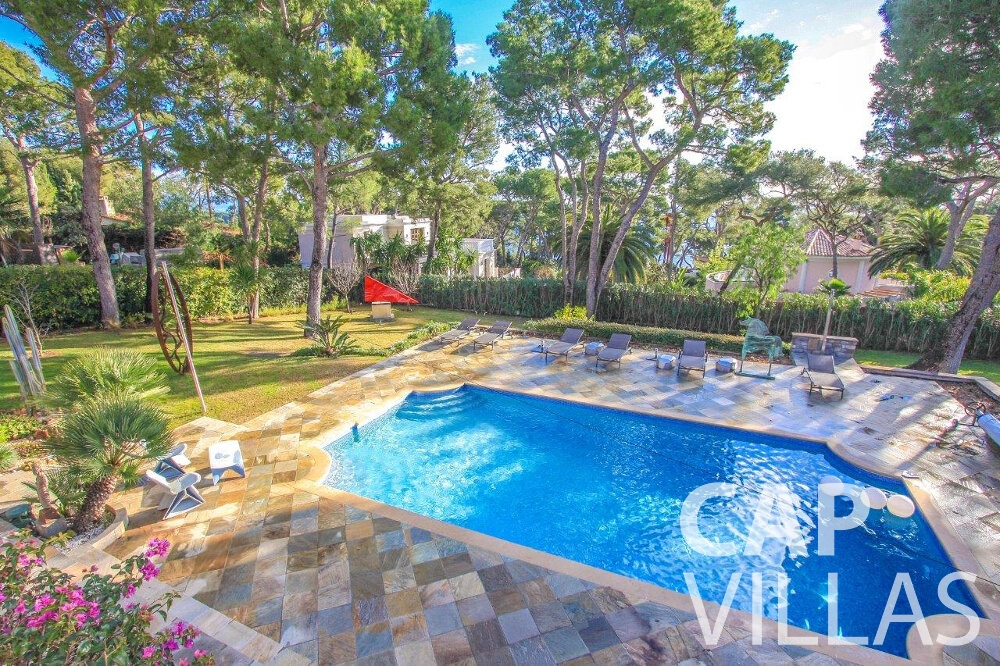 rent Villa Dahlia cap ferrat swimming pool