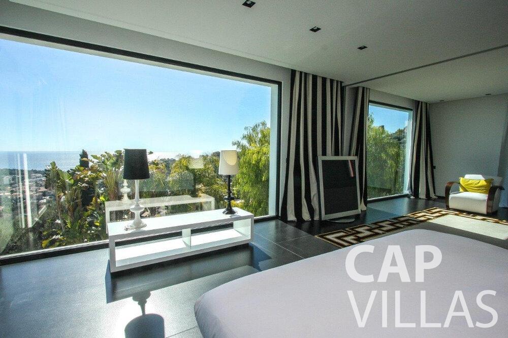 rent Villa Flora cap martin roquebrune bedroom