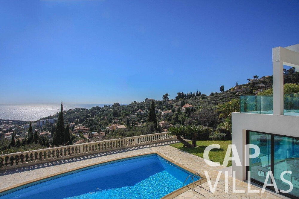 rent Villa Flora cap martin roquebrune swimming pool