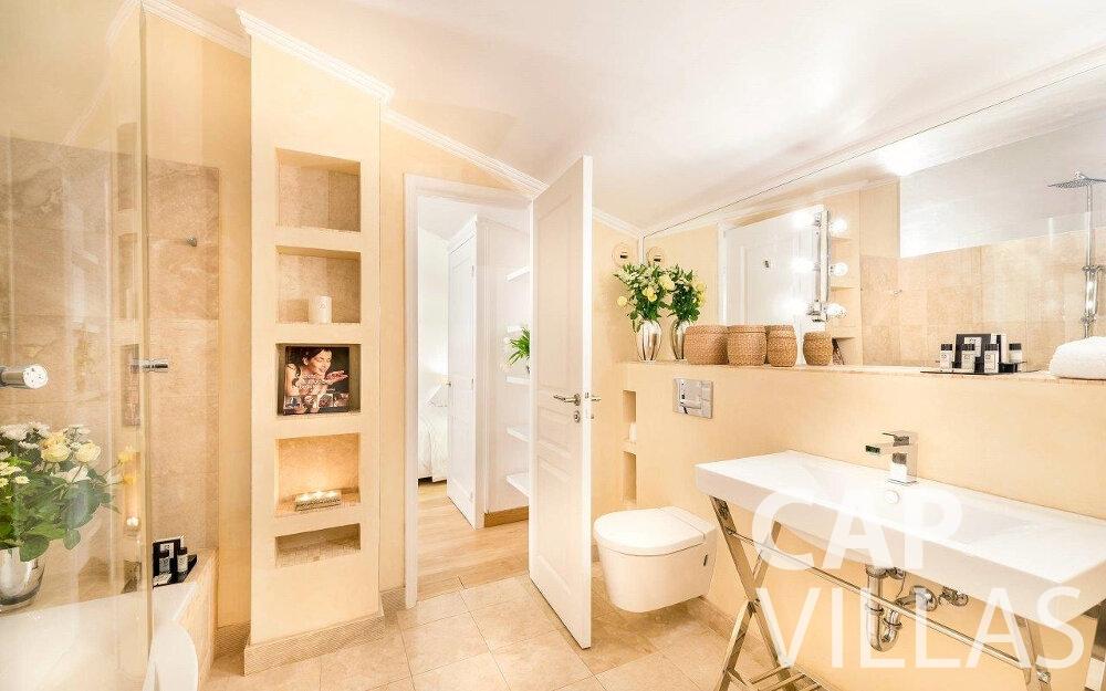 rent Villa Orchid cap dail batoom