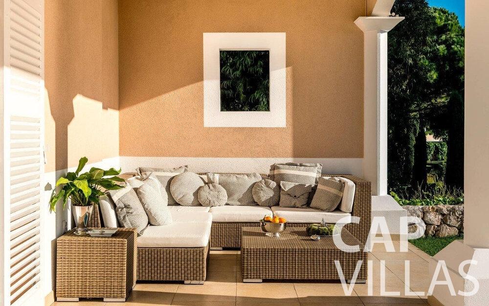 rent Villa Orchid cap dail terrace