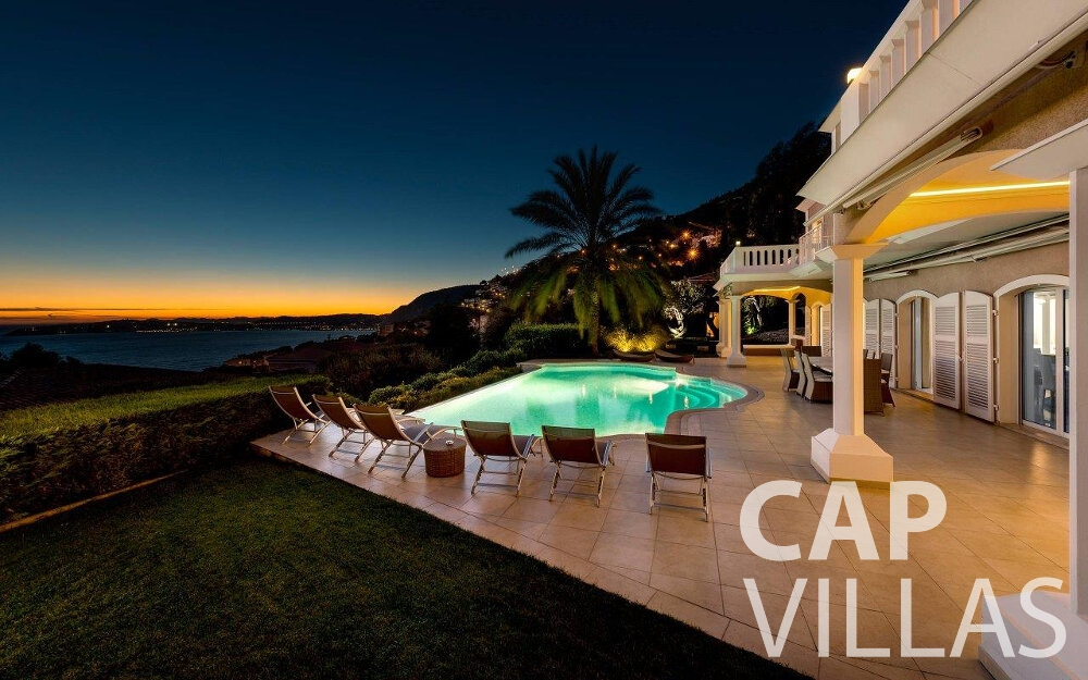 rent Villa Orchid cap dail terrace night