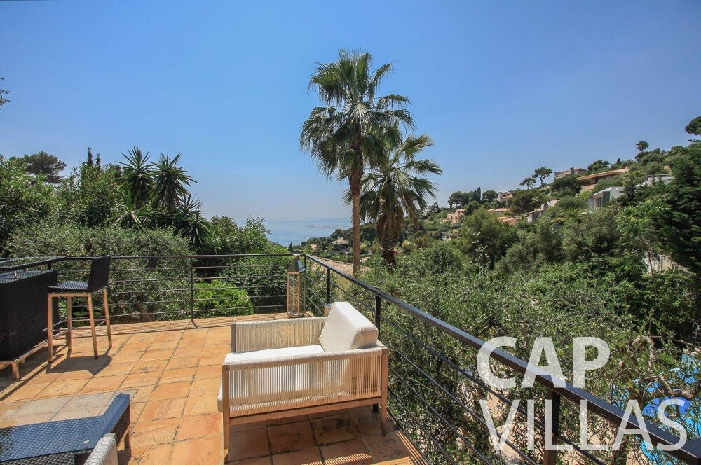 holiday house for sale villefranche patio