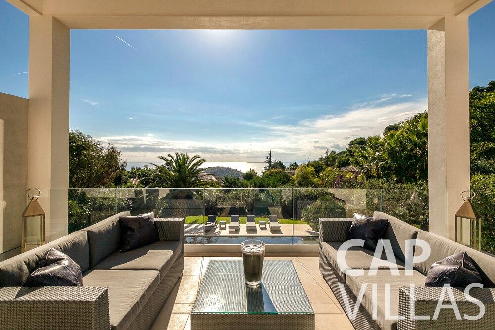 let Villa Rose villefranche terrace