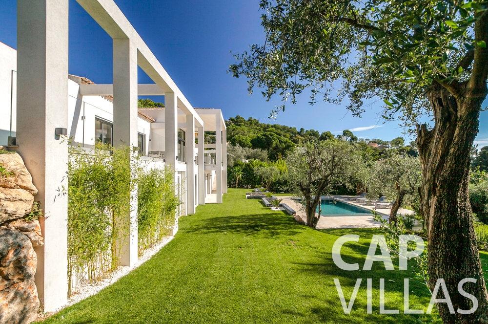 rent Villa Rose villefranche garden