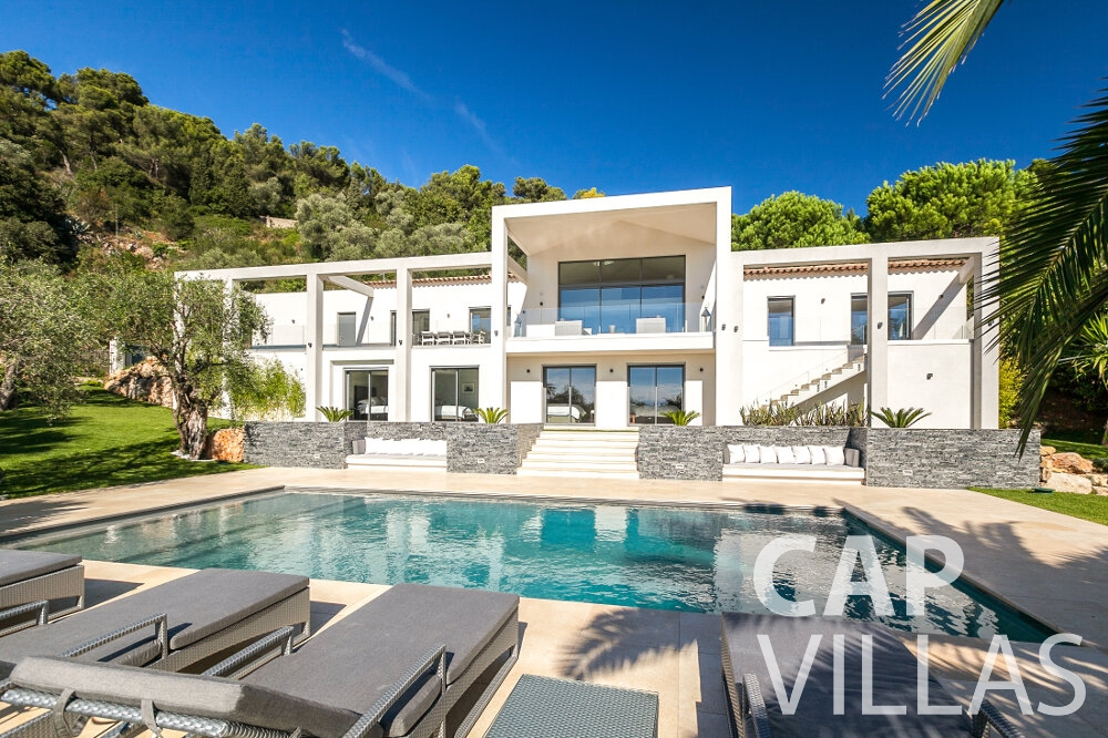 rent Villa Rose villefranche property