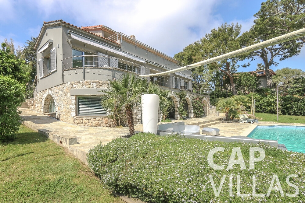 villa for sale cap ferrat garden view