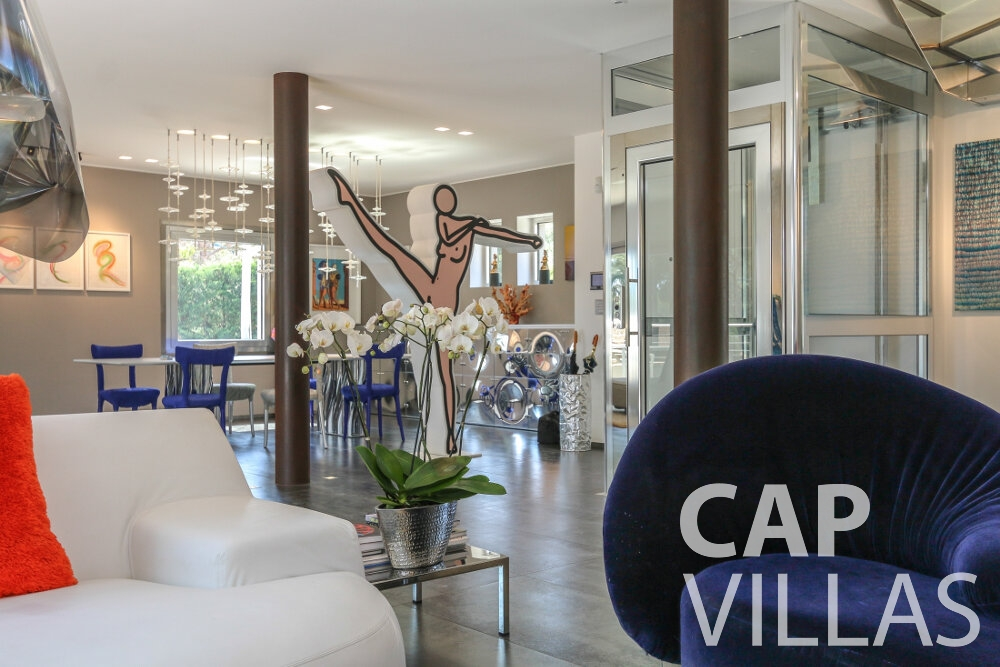 villa for sale cap ferrat living room ()