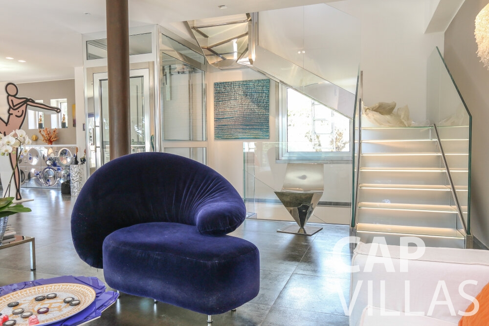 villa for sale cap ferrat lounge interior