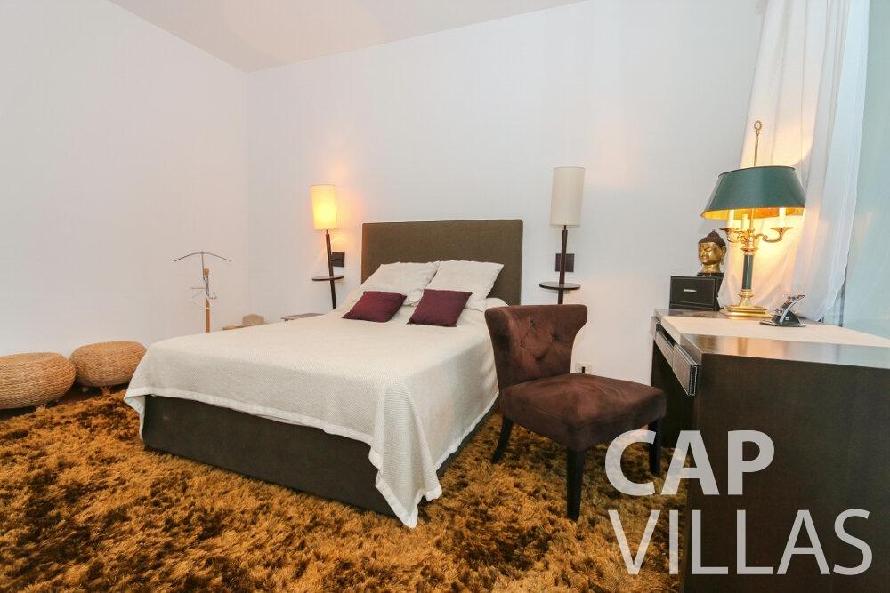 rent Villa Saffron cap martin roquebrune bedroom