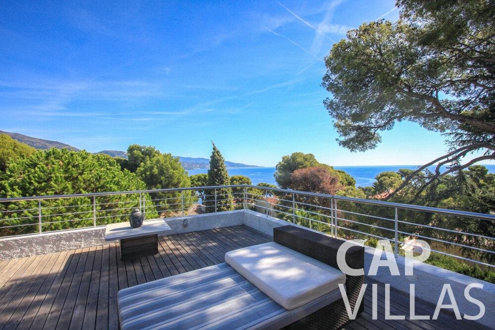 rent Villa Saffron cap martin roquebrune roof terrace