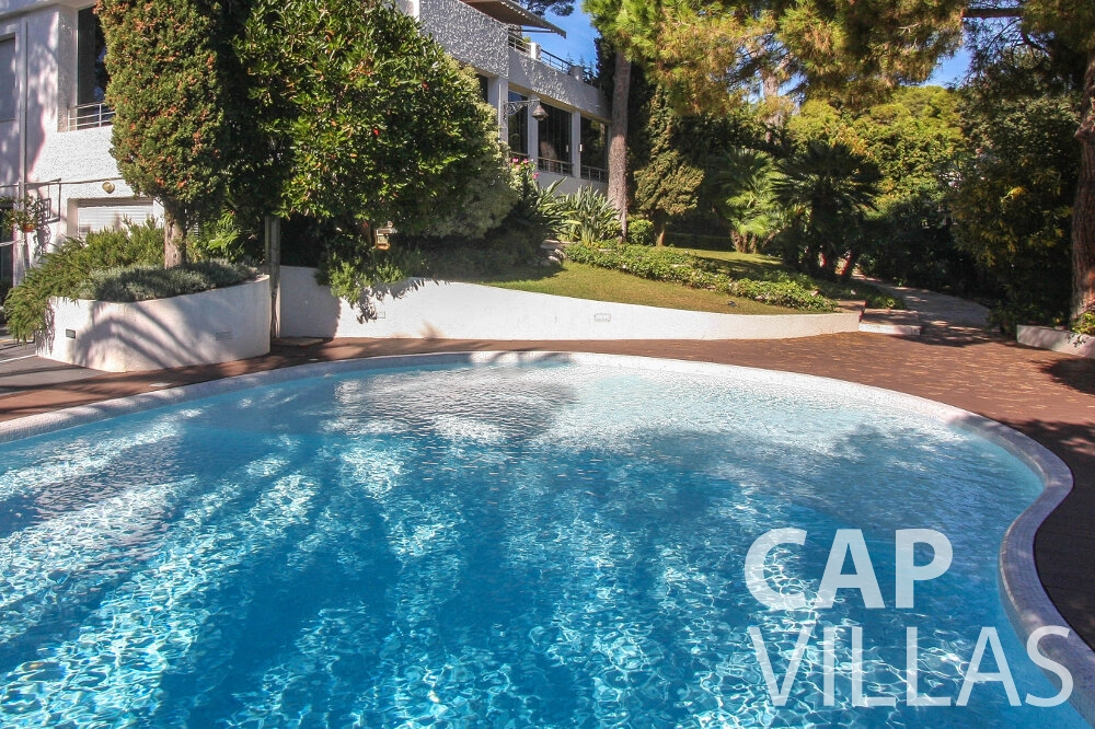 rent Villa Saffron cap martin roquebrune swimming pool