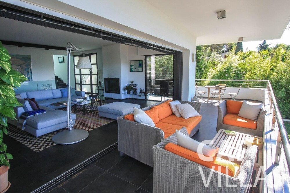 rent Villa Bluebell cap ferrat living area