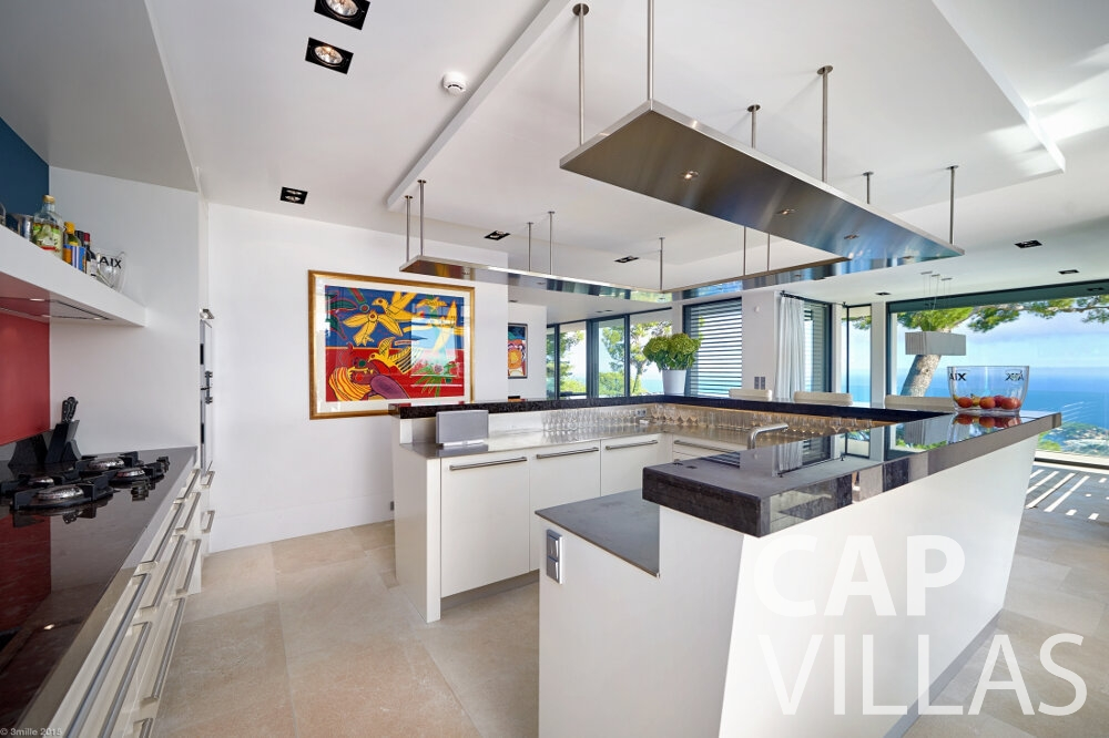 rent Villa Oleander villefranche kitchen