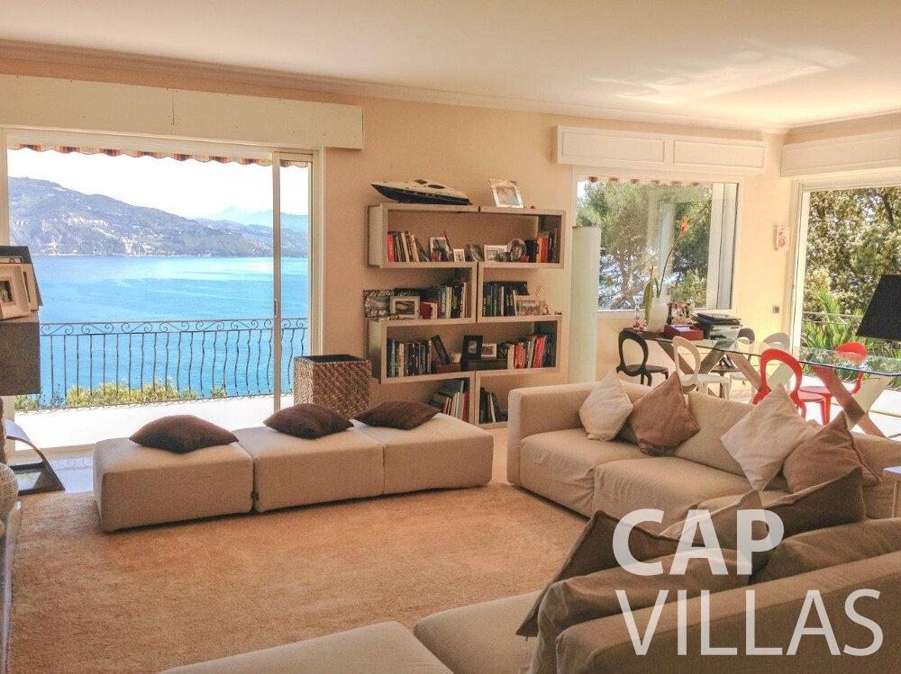 let Villa Olive cap martin roquebrune living room