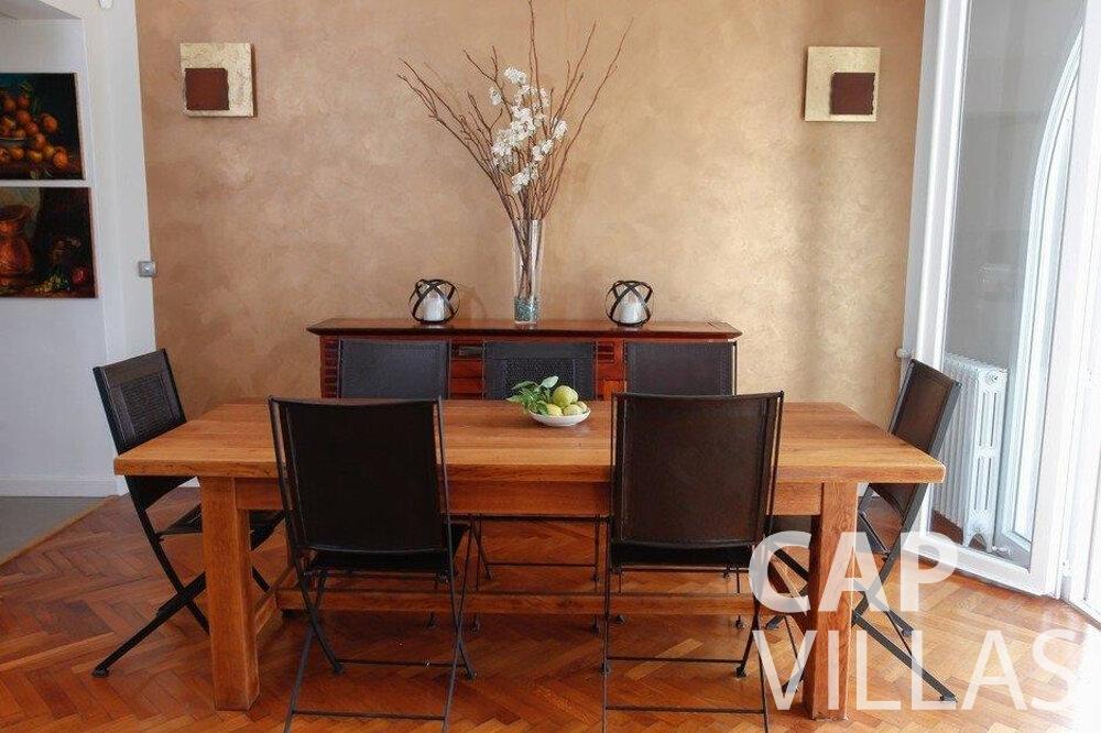 rent Villa Hazel cap martin roquebrune dining area