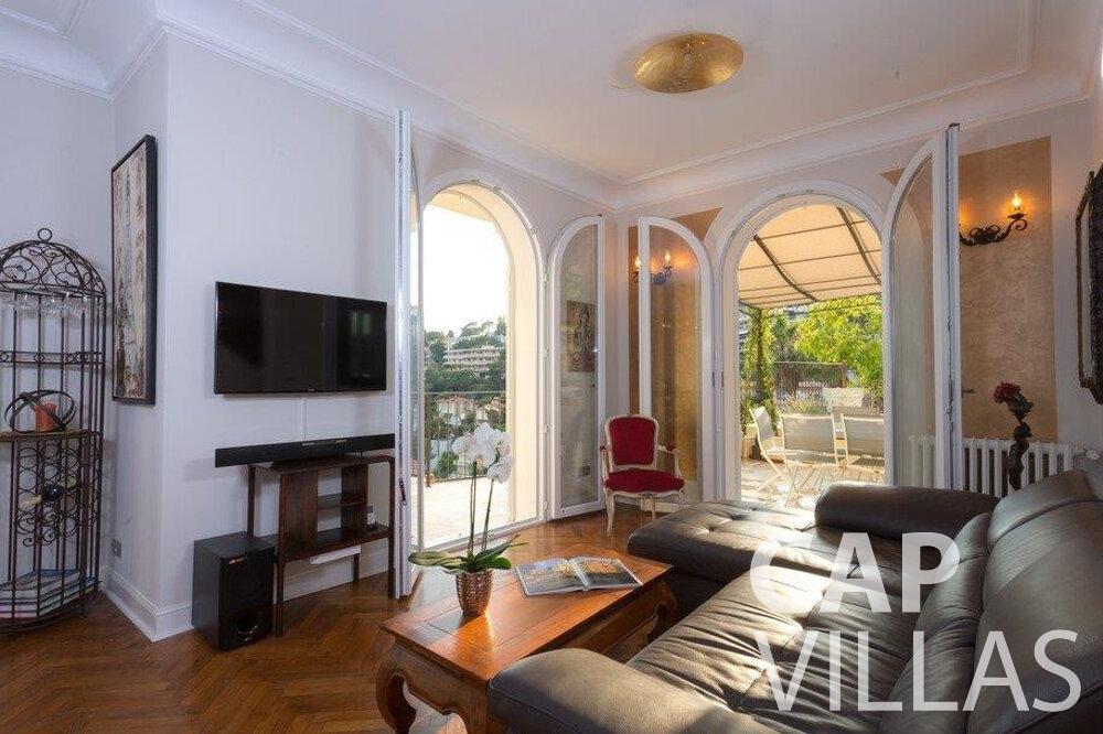 rent Villa Hazel cap martin roquebrune living room