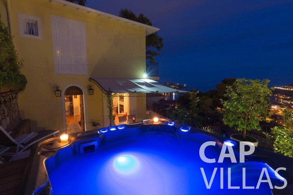 rent Villa Hazel cap martin roquebrune night jacuzzi