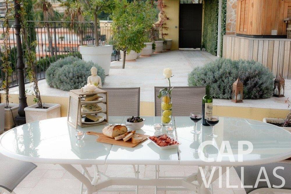 rent Villa Hazel cap martin roquebrune outdoor dining