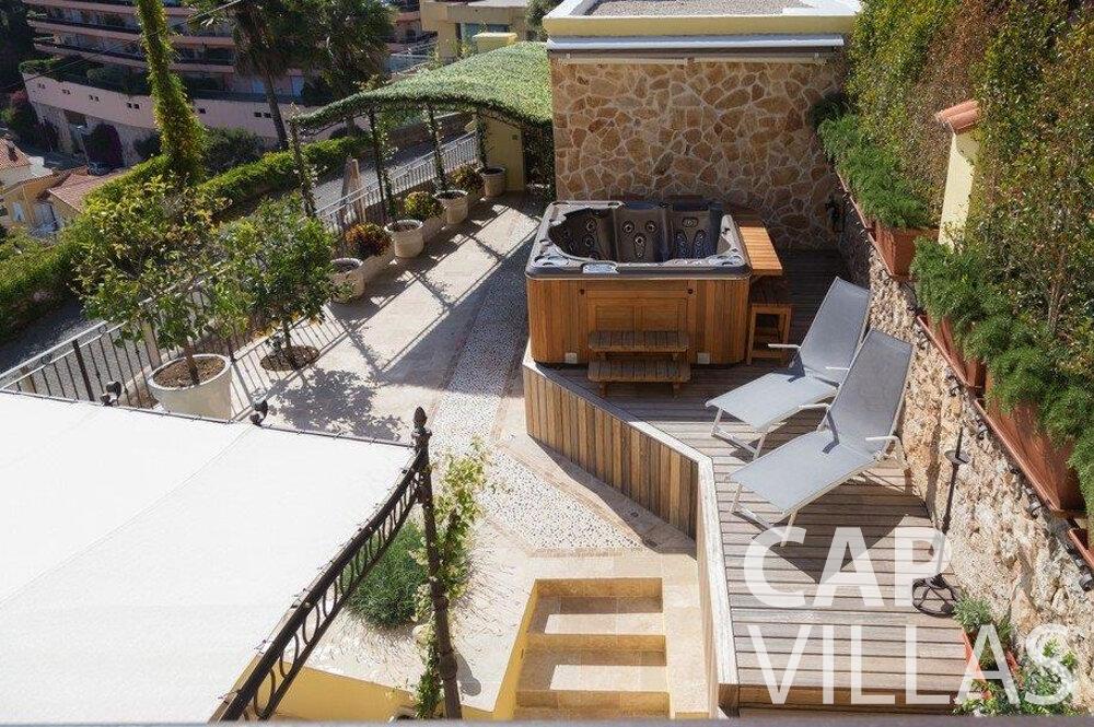 rent Villa Hazel cap martin roquebrune terrace jacuzzi