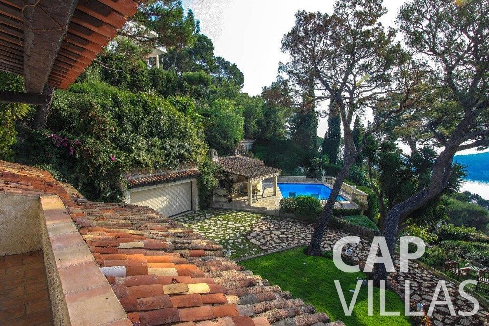 rent Villa Protea villefranche balcony