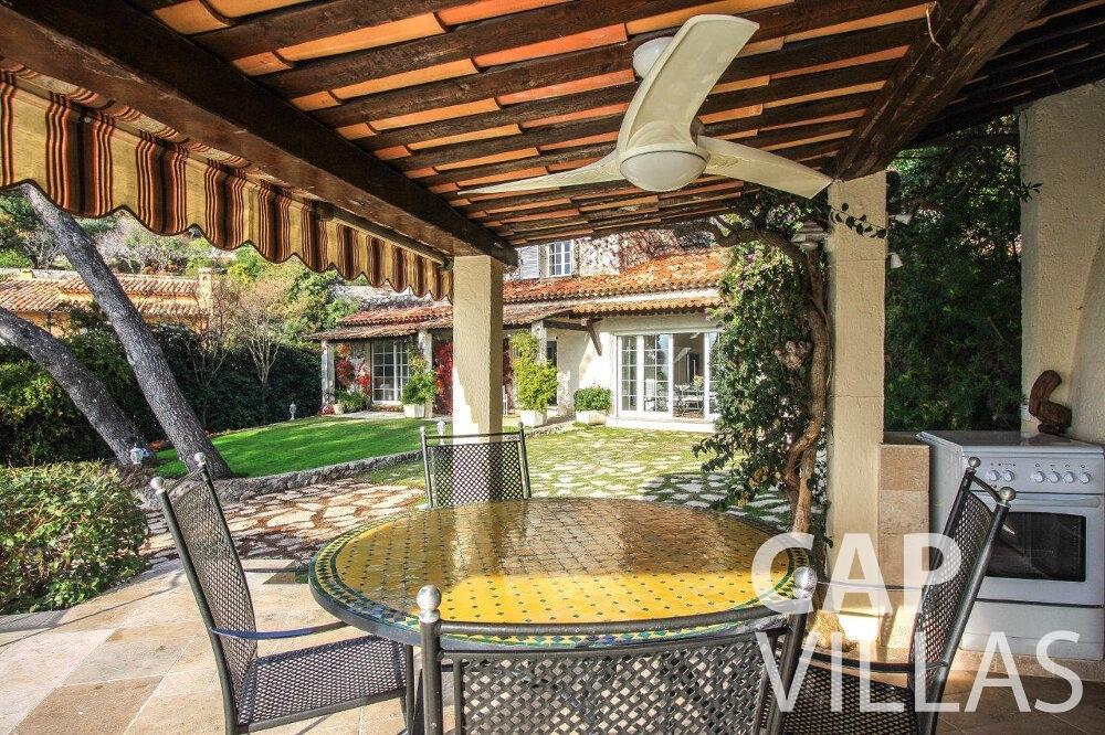 rent Villa Protea villefranche terrace