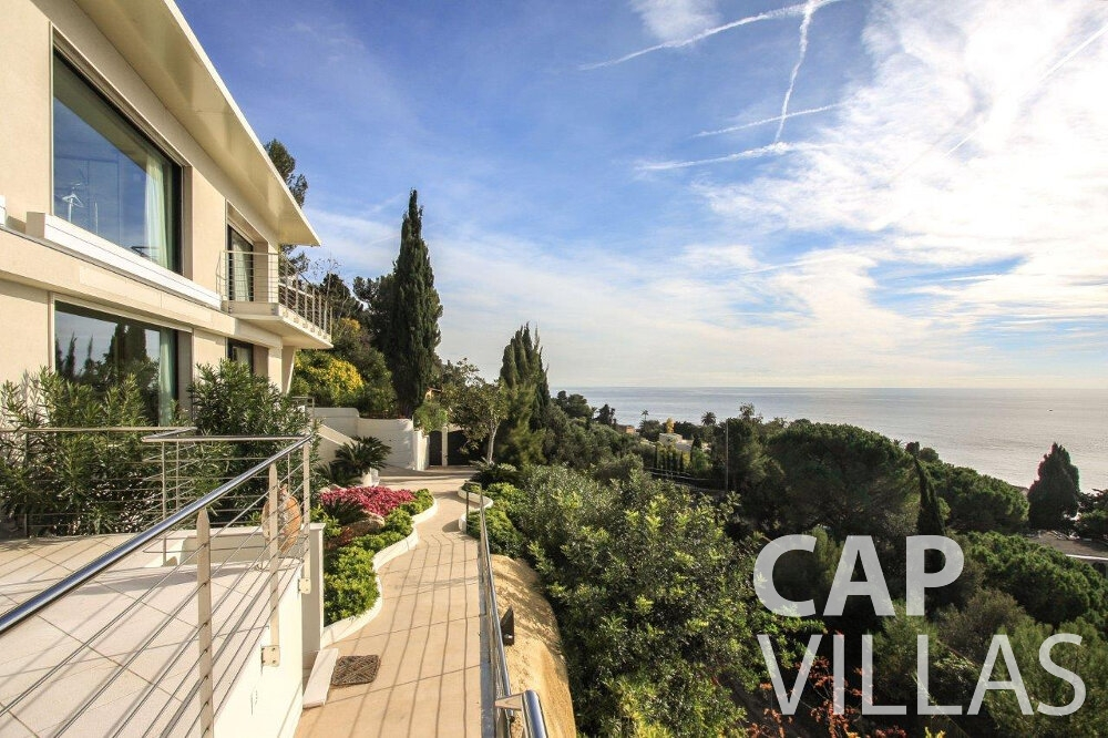 villa for sale cap dail seaview