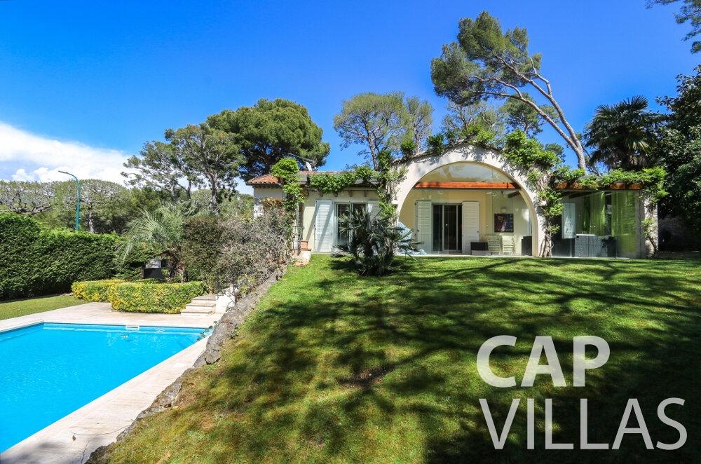 villa for sale cap ferrat outdoor