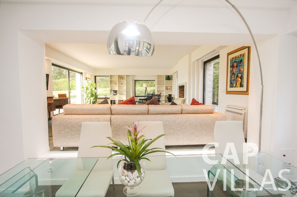 let Villa Cedar cap martin roquebrune living area