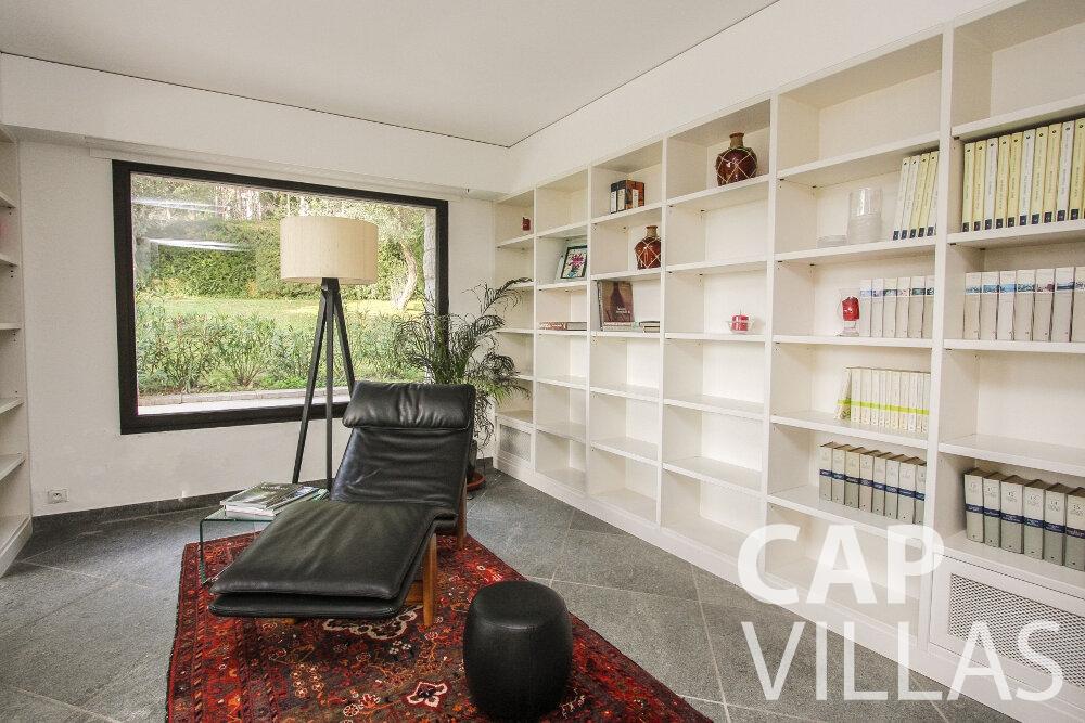 rent Villa Cedar cap martin roquebrune book room