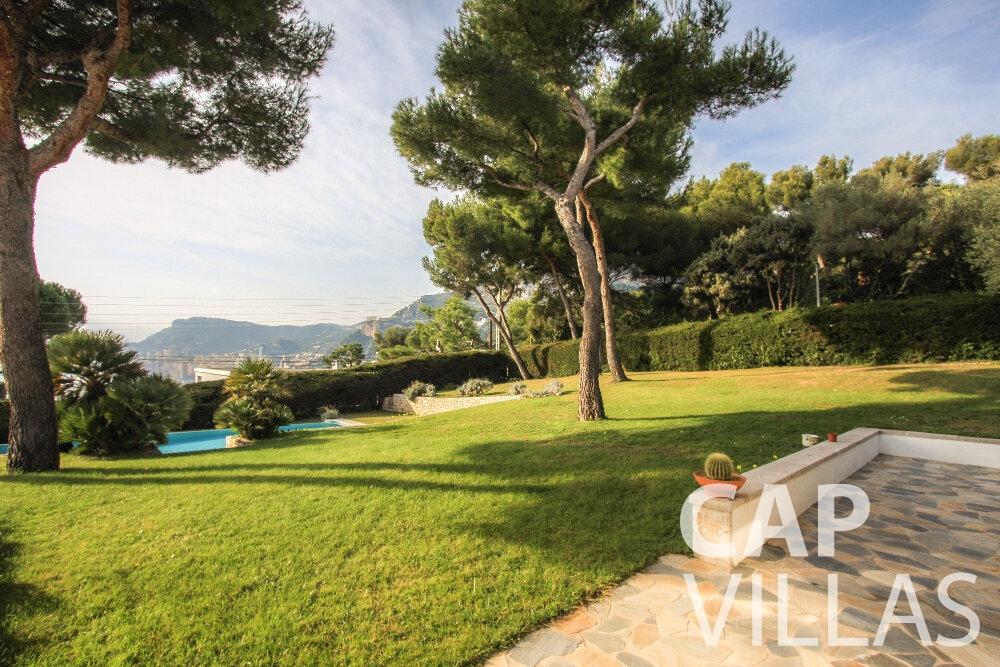 rent Villa Cedar cap martin roquebrune garden
