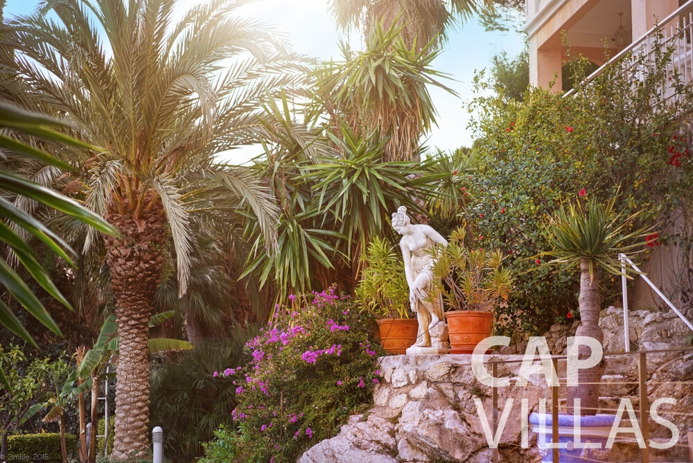 holiday house for sale villefranche landscaped gardens