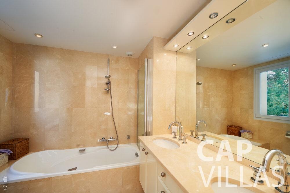 property for sale villefranche batoom