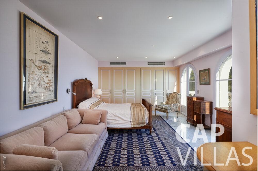 property for sale villefranche living room