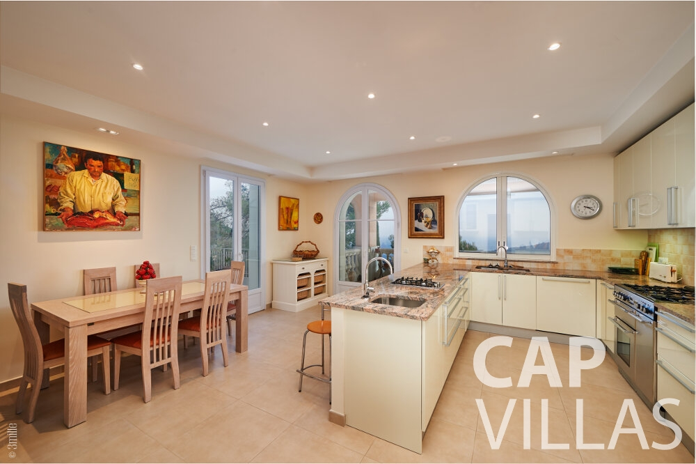 villa for sale villefranche living room dining