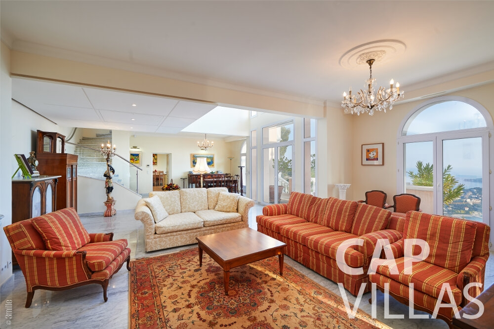 villa for sale villefranche living room