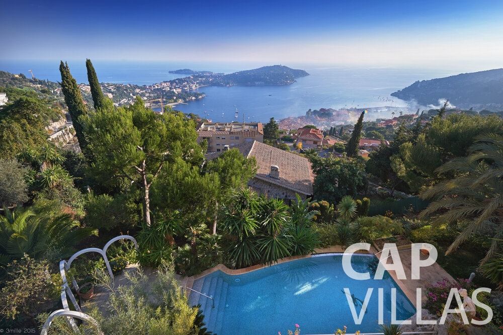 villa for sale villefranche swimming pool