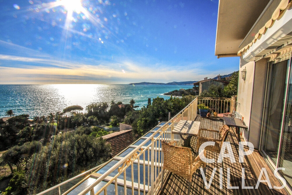 rent Villa Cherry cap dail balcony