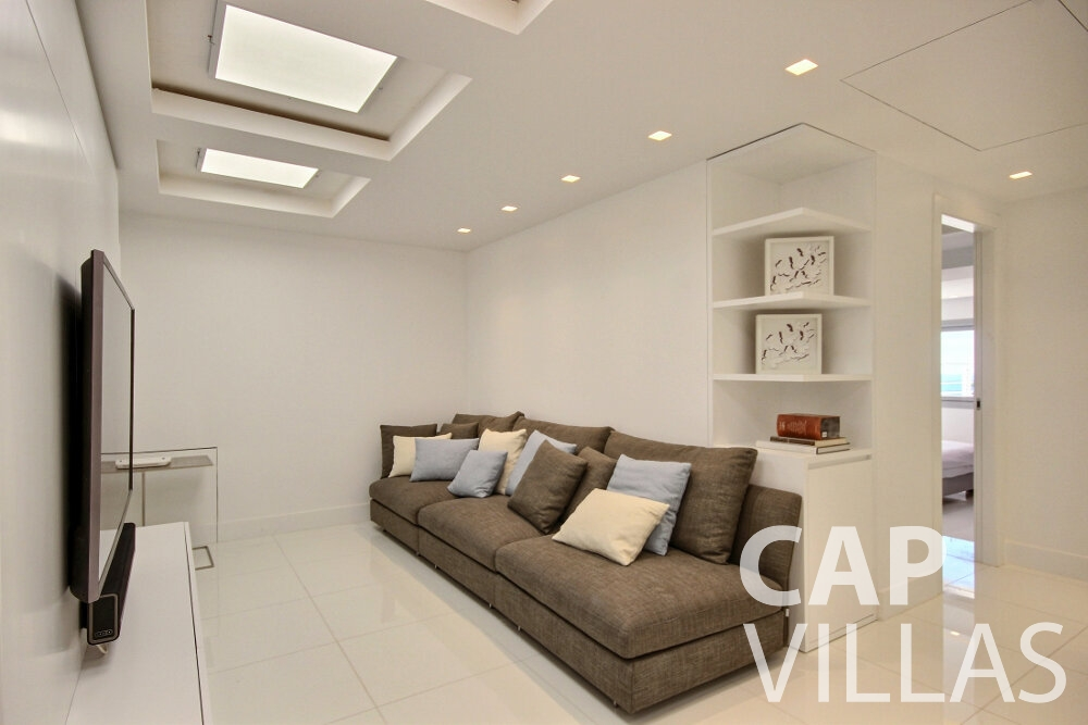 rent Villa Calla eze living area