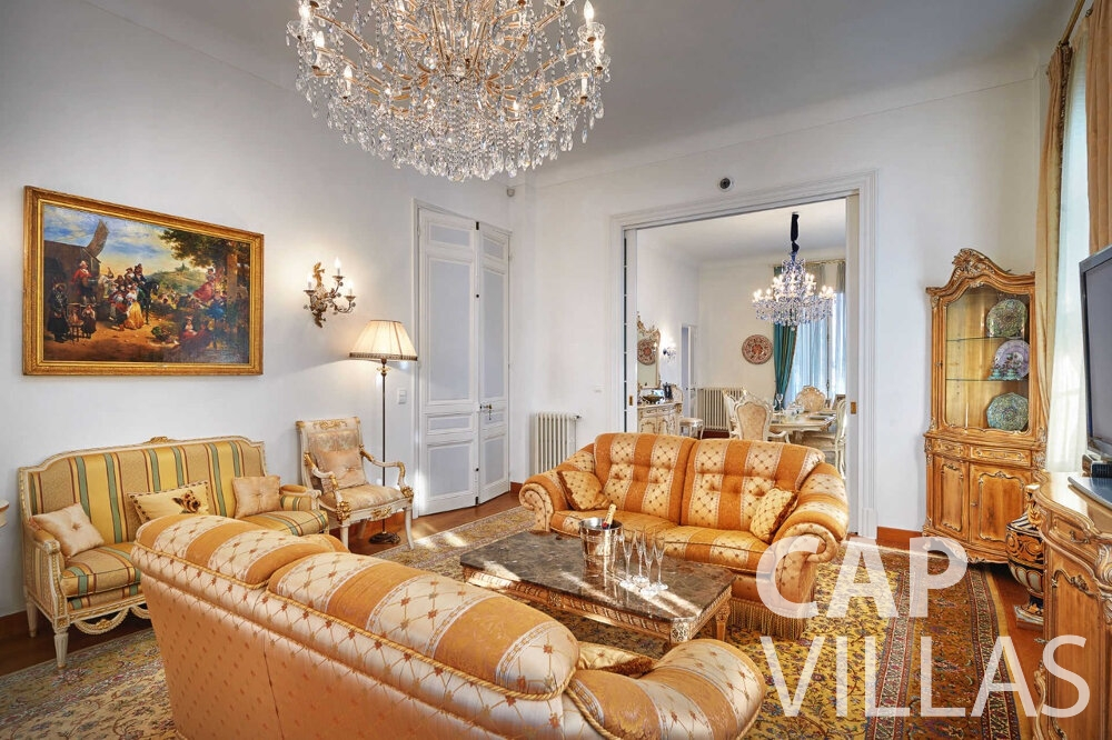 rent Villa Linnea eze living area