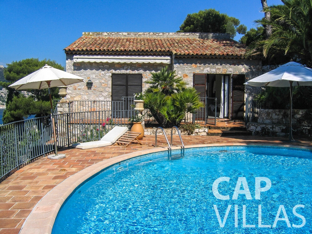 Villa for sale Villa Verbena cap ferrat swimming pool