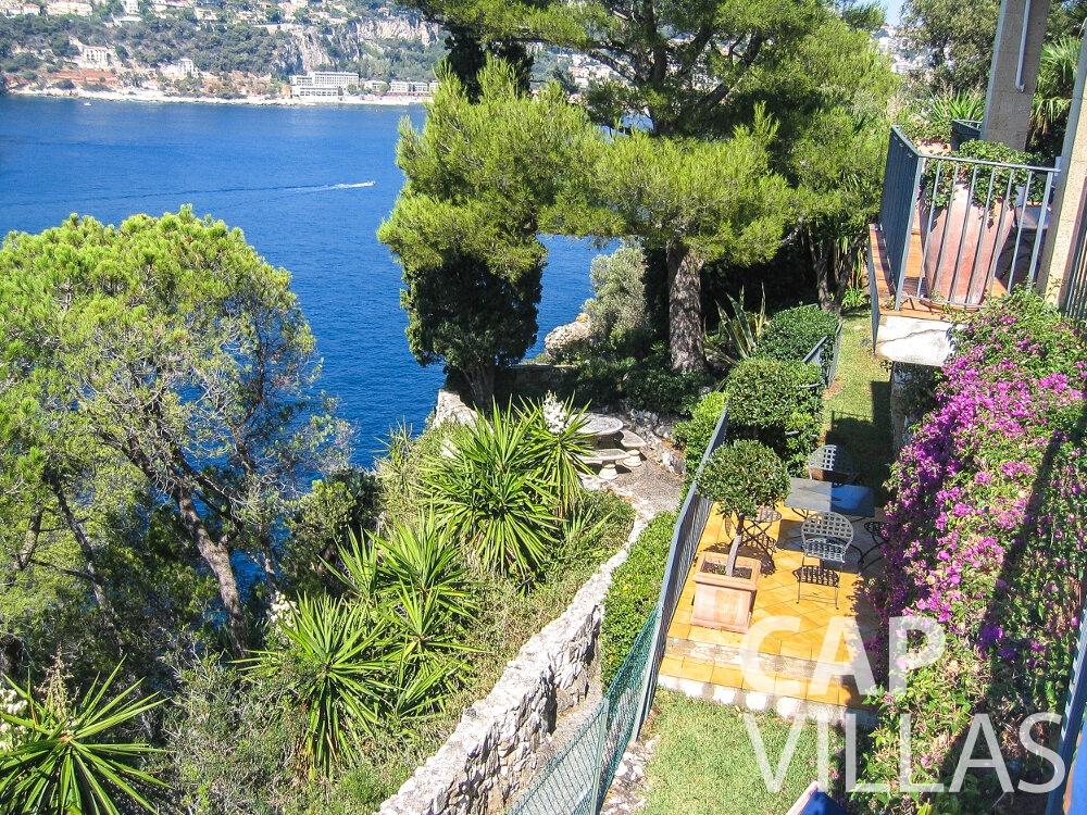 rent Villa Verbena cap ferrat balcony view