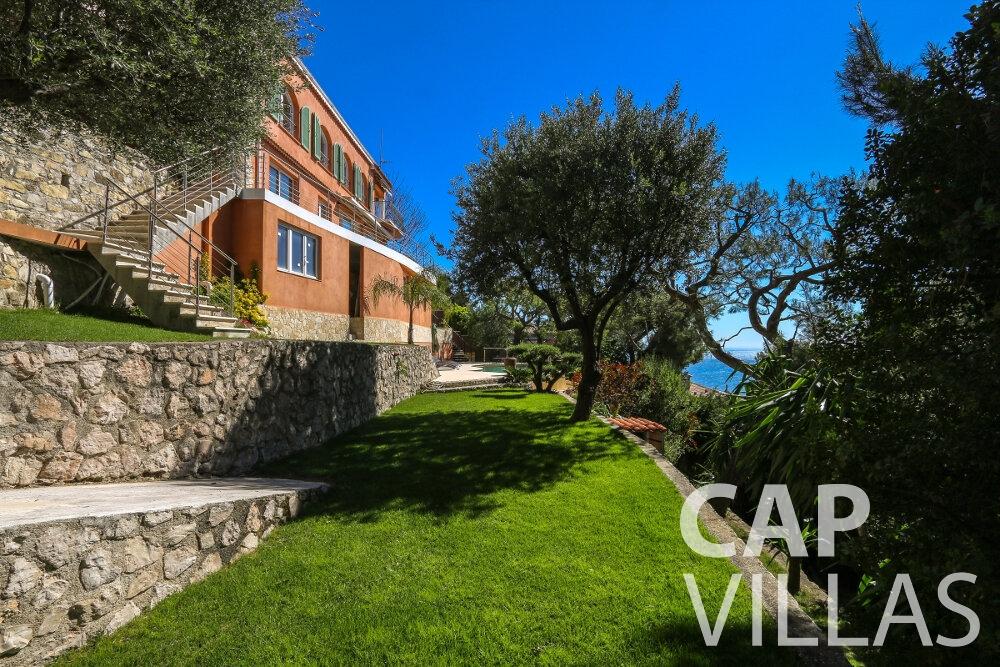 property for sale cap martin garden area