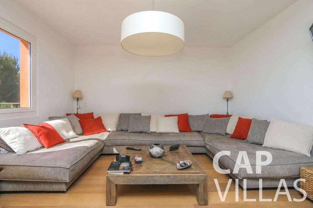 villa for sale cap martin living room
