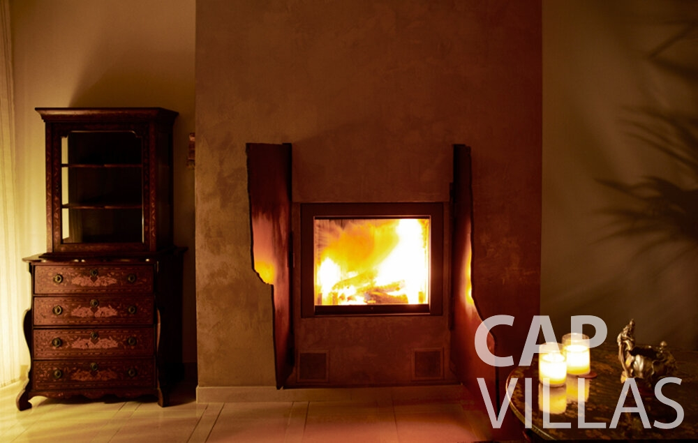 rent Villa Willow cap dail fireplace